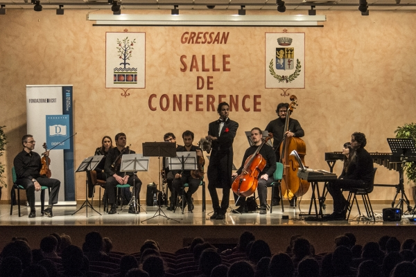 Gressan, Salle de Konferinsje. Musical entertainment. Educational entertainment. School project. Magic musical experience.