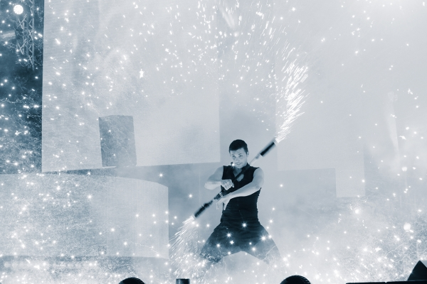 Special effects and shows for corporate events, pyro pyrotechnics juggling