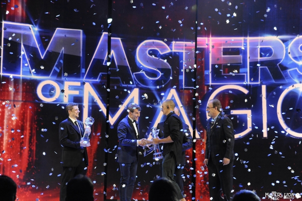 Masters Of Magic. Programma televisivo. Mediaset, Canale 5. Evento mondiale.