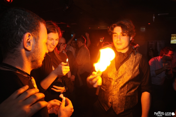Fire from hands, artist magician, entertainment for business dinners.