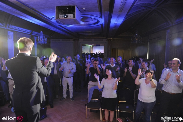 standing-ovation-walter-rolfo-convention929EC30E-724D-5DF0-9B53-06CD89E343CB.jpg